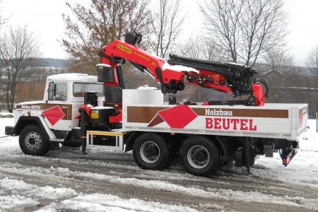 Holzbau Beutel - Oldtimer-LKW